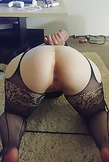 He fucked me on the floor Because im a dirty whore